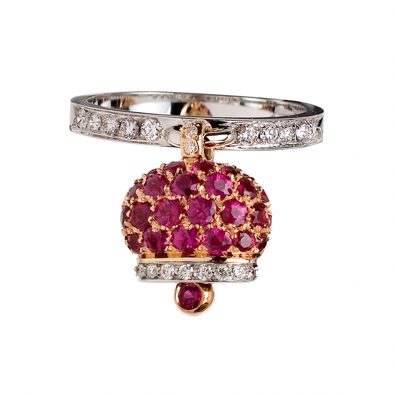 Ring in white gold, diamonds and rubies