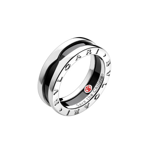 Sterling silver ring with black ceramic
