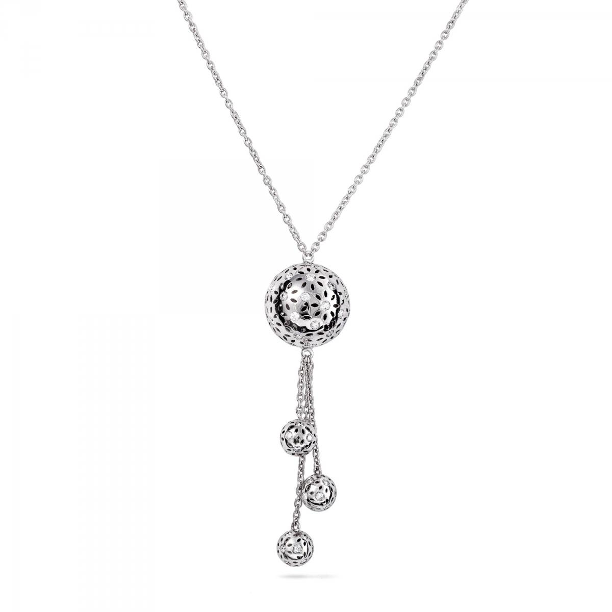 Necklace 3 pendant globes
