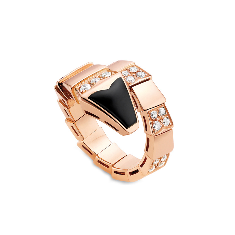 Pink Gold Ring with Onyx and Diamonds