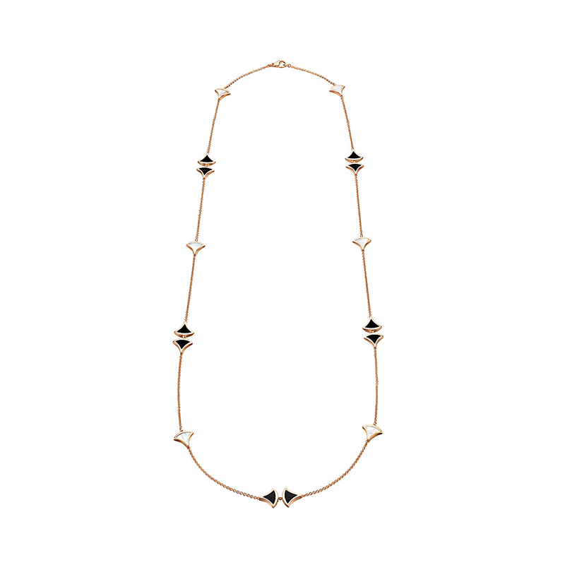 Pink gold necklace with mother of pearl and black onyx