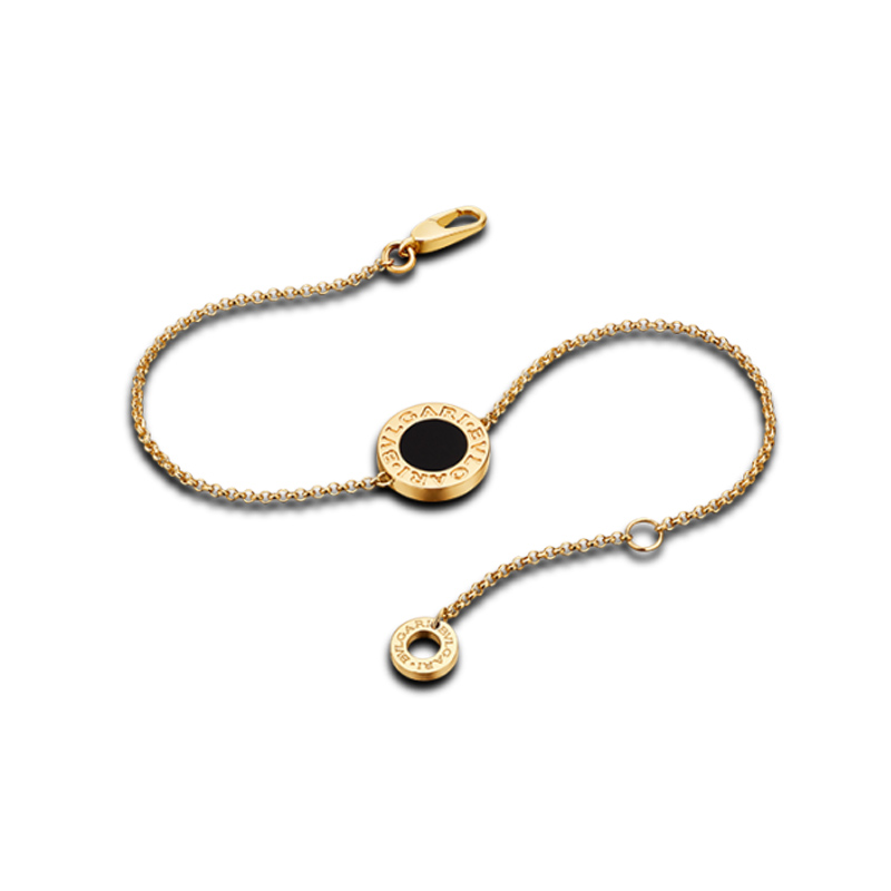 Bracelet in yellow gold with onyx
