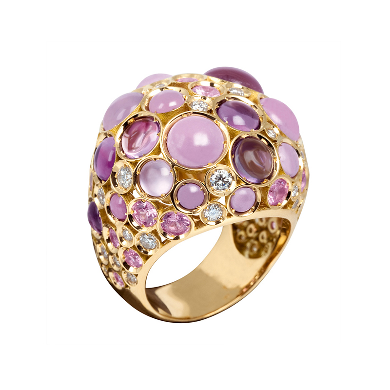 Pink gold ring with amethyst