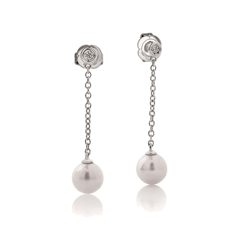 White gold earrings with pearls and diamonds