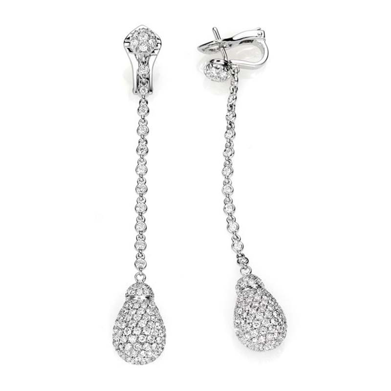 Long drop earrings set in white gold and diamonds pavé
