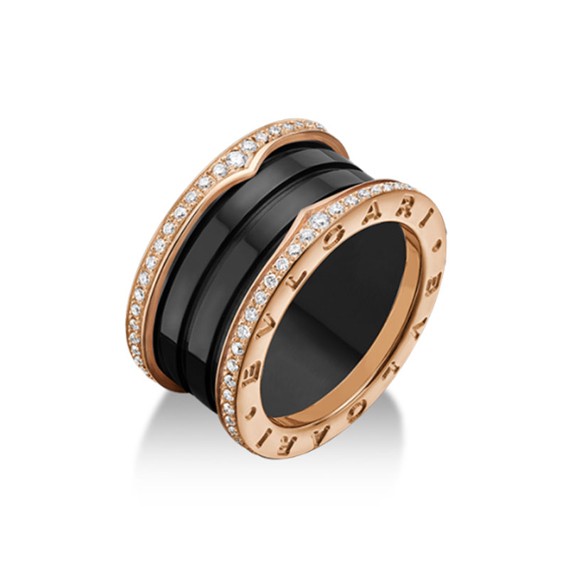4 band ring in rose gold with black ceramic and diamonds