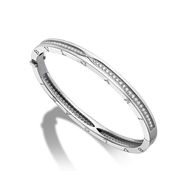 Bracelet in white gold with diamonds