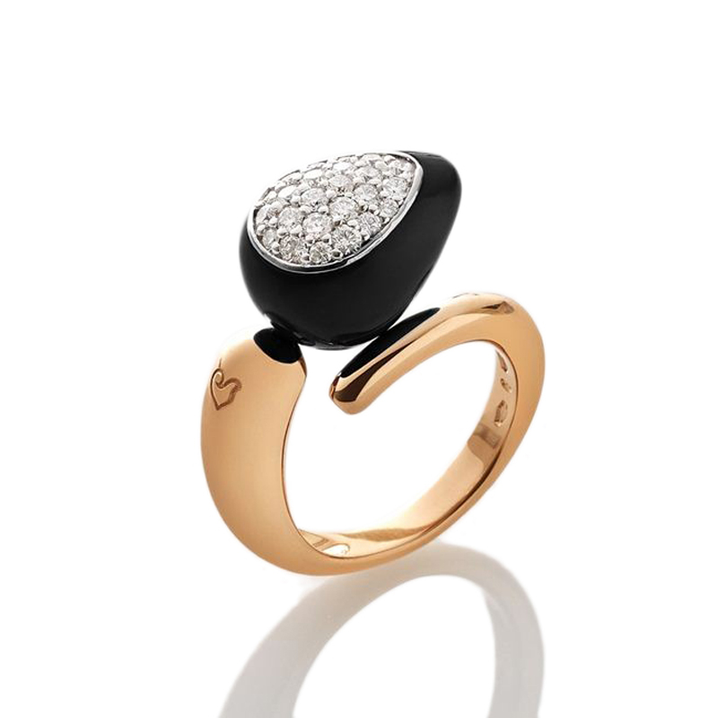 Ring with single drop and diamonds pavè